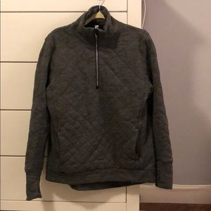 Lululemon size 8 quilted quarter zip pullover